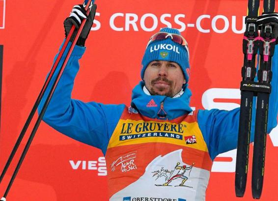 Русский лыжник стал победителем престижной многодневки, завершившейся вИталии