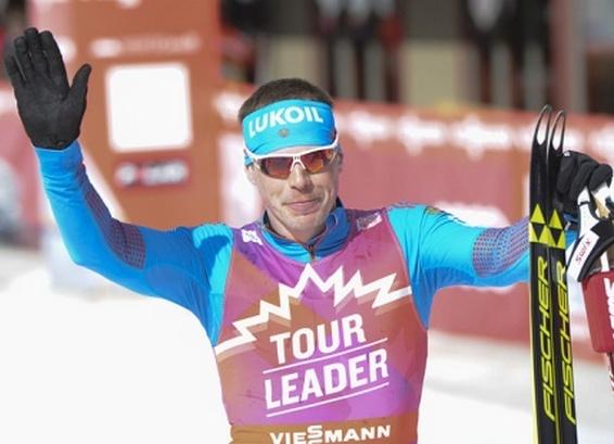 Устюгов одержал победу гонку преследования на«Тур деСки»