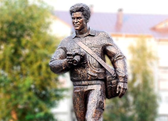 Монумент погибшим корреспондентам установлен вТобольске
