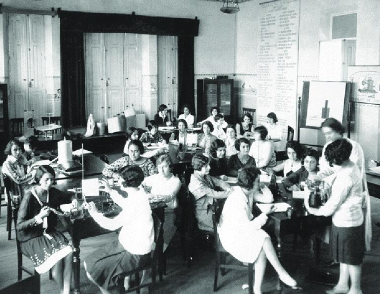 Училище для педагогов Е. Антиповой. Фото: researchgate.net