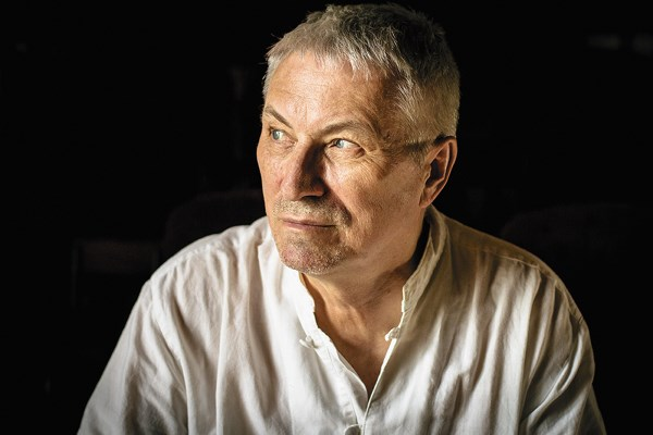 Vladimir Bondarenko believes the poet did not come to Russia in the 1990s because of the tragic love story / Photo: Oleg Yakovlev