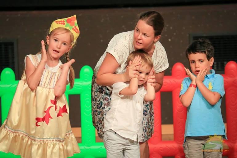Заниматься в детском театре можно уже с трёх лет