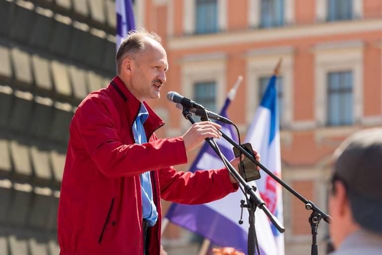 Выступление на митинге